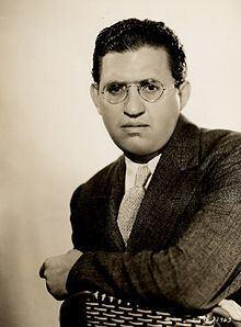 David O. Selznick httpsuploadwikimediaorgwikipediacommonsthu