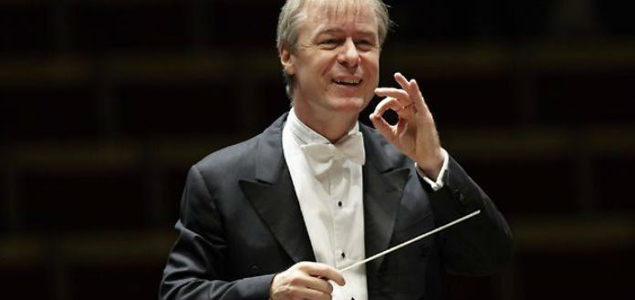 David Robertson (conductor) Music Director David Robertson to Step Down from St Louis Symphony