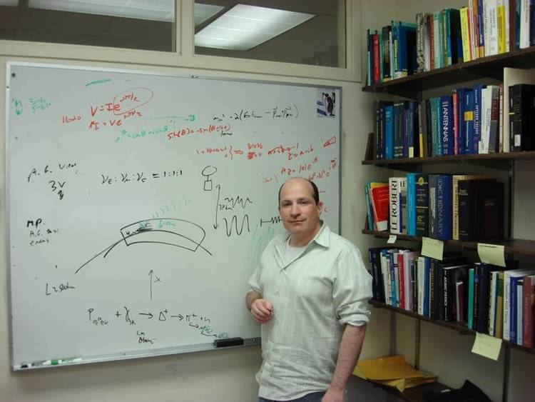 David Saltzberg MaxPlanckInstitut fr Kernphysik Meldung