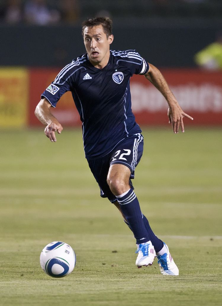 Davy Arnaud Sporting KC deals Arnaud to Montreal for Sinovic and