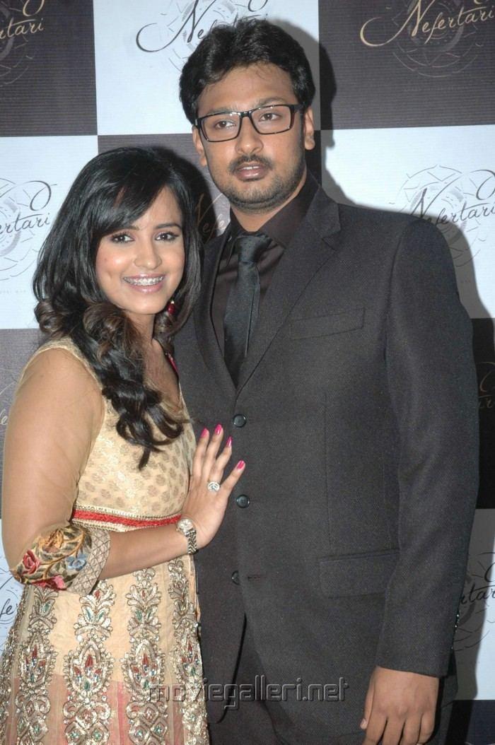 Dayanidhi Azhagiri Picture 209799 Dayanidhi Alagiri with wife Anusha at