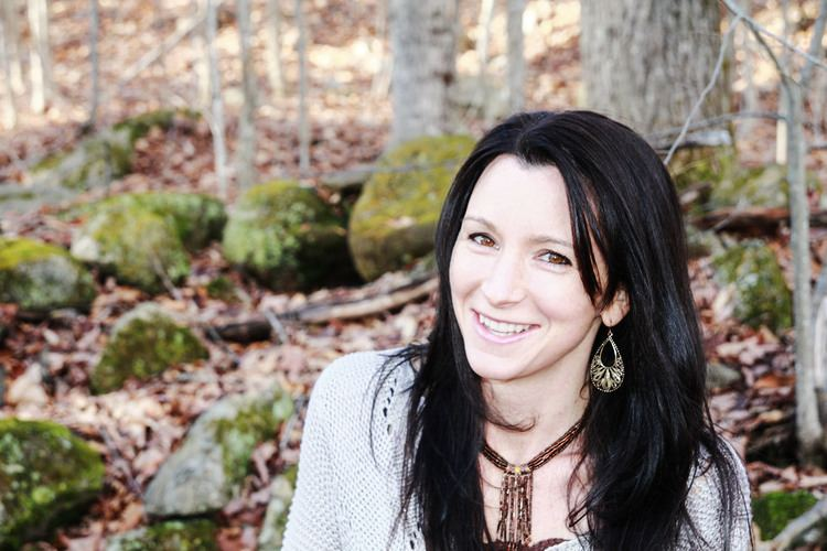 Dayna Martin Unschooling and Peaceful Parenting Coaching with The