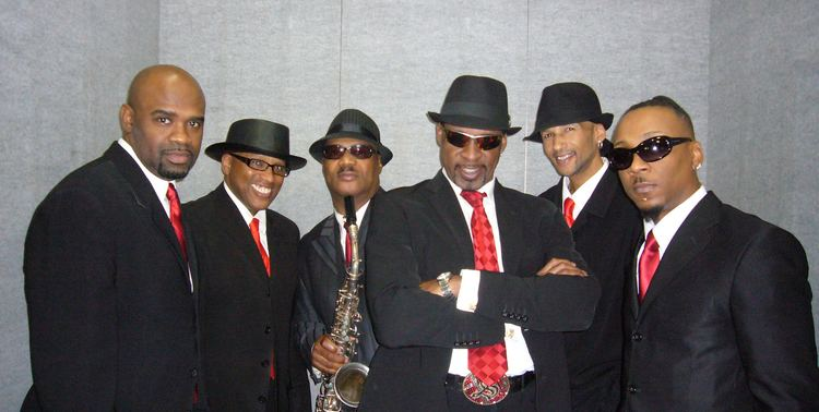 Dazz band alchetron the free social encyclopedia dazz band dazz band let it whip lets talk entertainment with mssofia stopboris Images