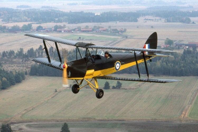 De Havilland Tiger Moth httpsuploadwikimediaorgwikipediacommons33