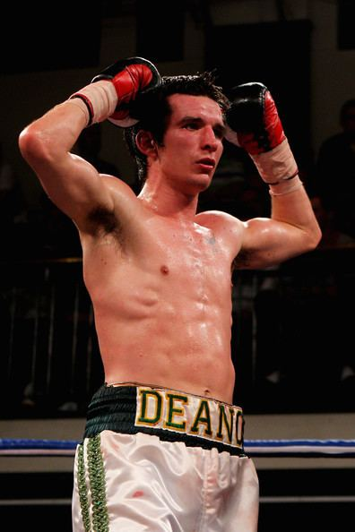 Dean Byrne (boxer) Dean Byrne Pictures Boxing at York Hall Zimbio
