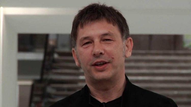 Dean Skira Dean Skira talks about his Hooked Up installation Milan Design
