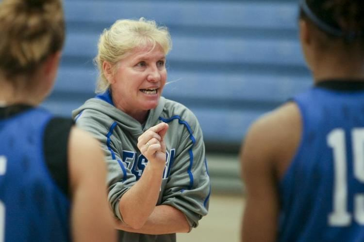 Debbie Black The Daily Eastern News Coach to be inducted into