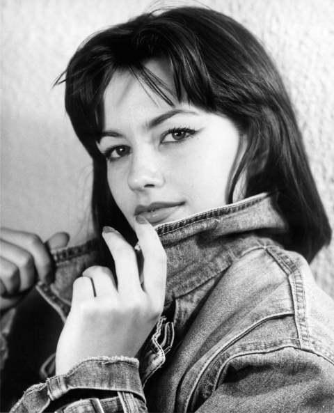 Debbie Rochon QUEEN OF SCREAMS DEBBIE ROCHON 88 Films