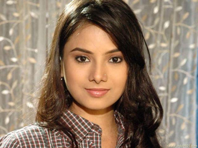 Deblina Chatterjee Deblina Chatterjee Hindi TV Serial Actress Photo