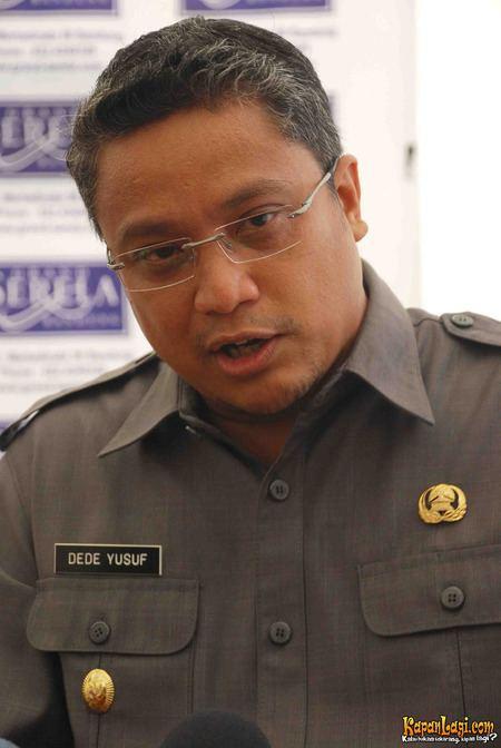 Dede Yusuf uploadwikimediaorgwikipediajv553Dedeyusuf