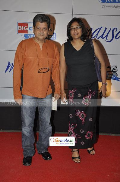 Deepa Bhatia Amol Gupte and Deepa Bhatia at Mausam Hindi movie premiere