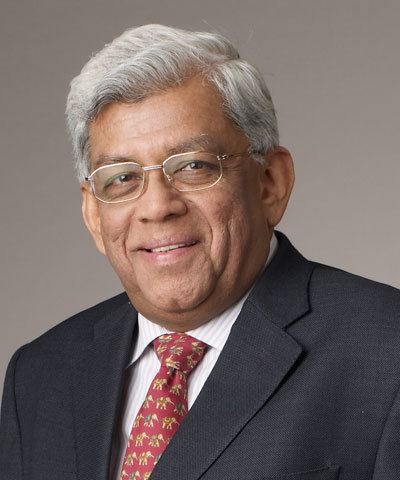 Deepak Parekh Business Tycoons and there Education