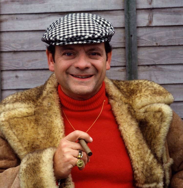 Del Boy Black Friday shoppers warned about 39Del Boy39 traders selling fake