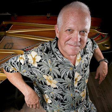 Dennis McCarthy (composer) Star Trek Soundtracks Composer Dennis McCarthy
