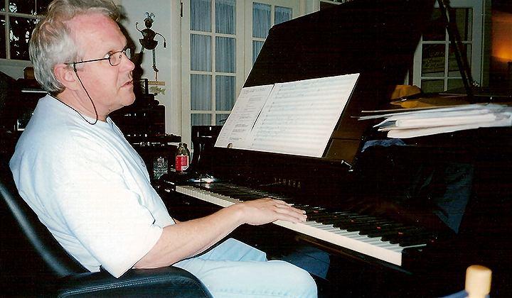 Dennis McCarthy (composer) A new Enterprise for Dennis McCarthy Soundtrack