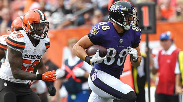 Dennis Pitta Dennis Pitta Shows How Far Hes Come In Return To Site Of His Injury