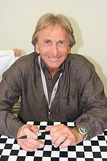 Derek Bell (racing driver) Derek Bell racing driver Wikipedia the free encyclopedia