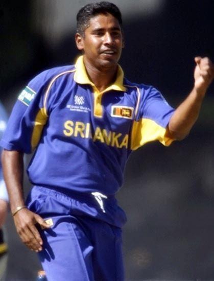 Desmond Chumney (Cricketer) playing cricket