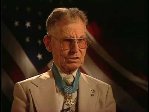 Desmond Doss Desmond Doss Medal of Honor WWII YouTube