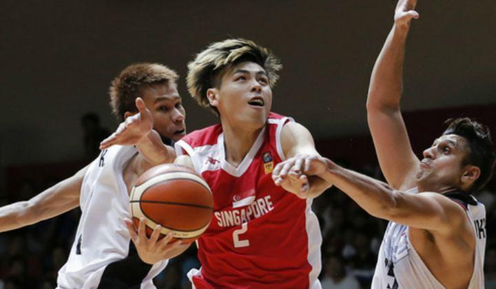 Desmond Oh Spore basketballer scores amazeball 3pointer near the halfway line