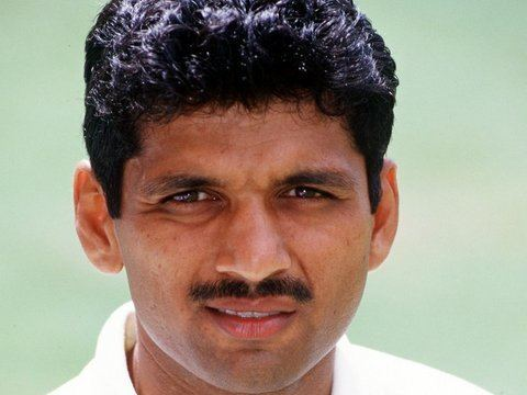 Devang Gandhi (Cricketer) in the past