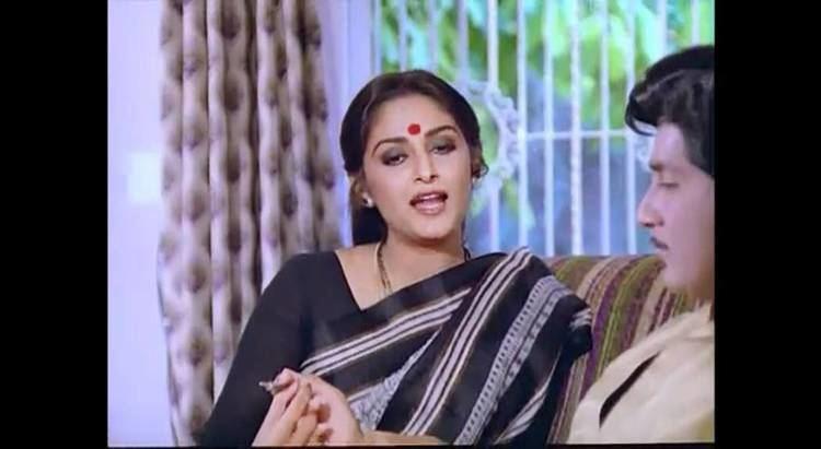 Devata (1982 film) Devatha YouTube