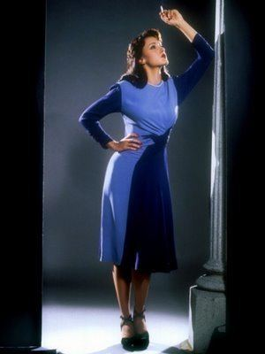 Devil in a Blue Dress (film) Devil in a Blue Dress 1995 And Race Relations in America The