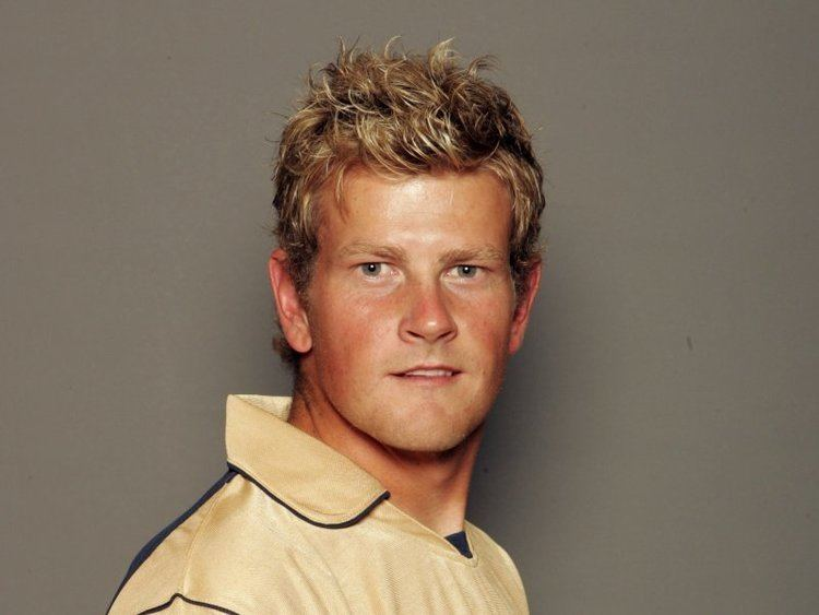 Dewald Nel (Cricketer) playing cricket