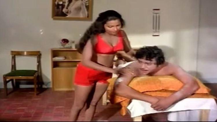 Dharma Yuddham movie scenes Dharma Yuddham Rajnikanth Sridevi Full Tamil Movie Video Dailymotion