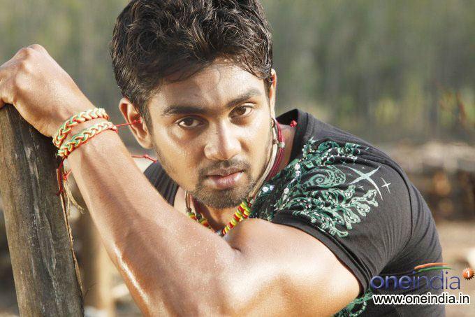 Dhruva Sarja Addhuri Photos Addhuri Images Addhuri Movie Stills