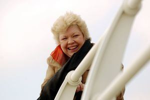 Di Botcher Stella series 4 7 things about Aunty Brenda Wales Online