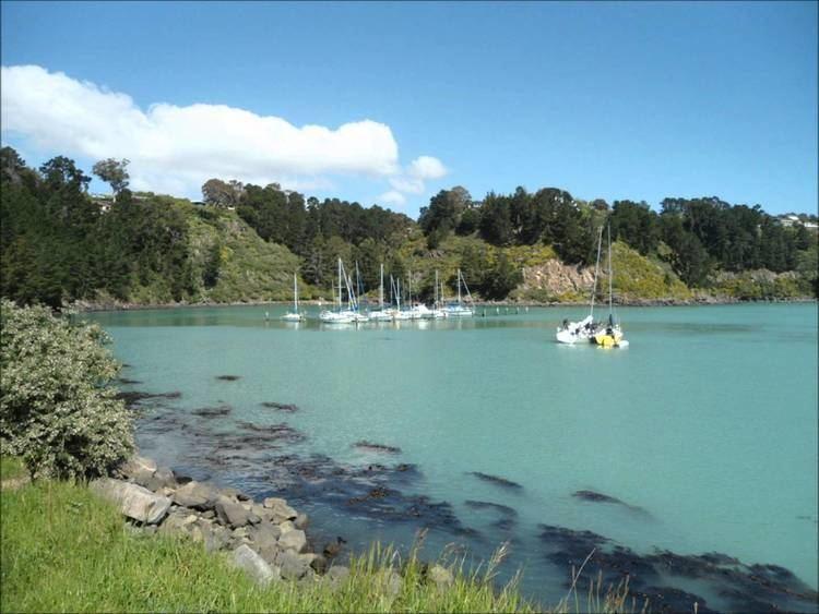 Diamond Harbour, New Zealand httpsiytimgcomviKP2M5M3PbQkmaxresdefaultjpg