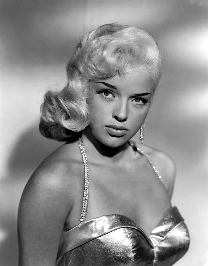 Diana Dors Recipe of the Month Diana Dors39 Breakfast Crunch
