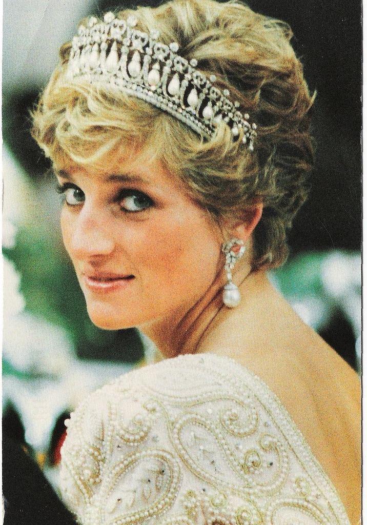 Diana, Princess of Wales princess of wales Princess Diana Photo 17933606 Fanpop