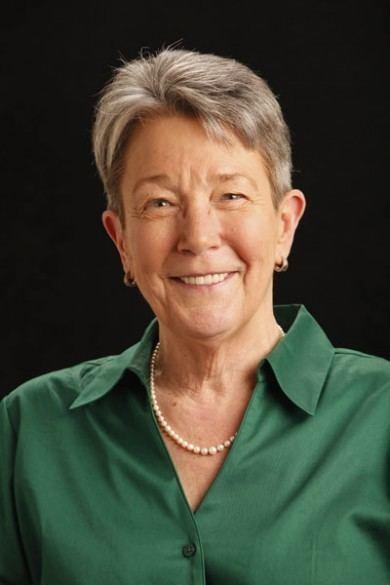 Diane Neighbors Diane Neighbors receives Community Leadership Award myVU