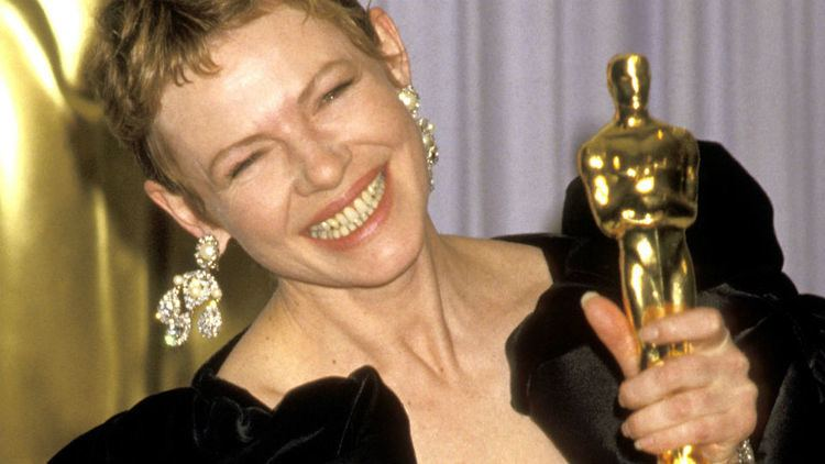 Dianne Wiest Have you seen these Best Supporting Actress winners The Loop
