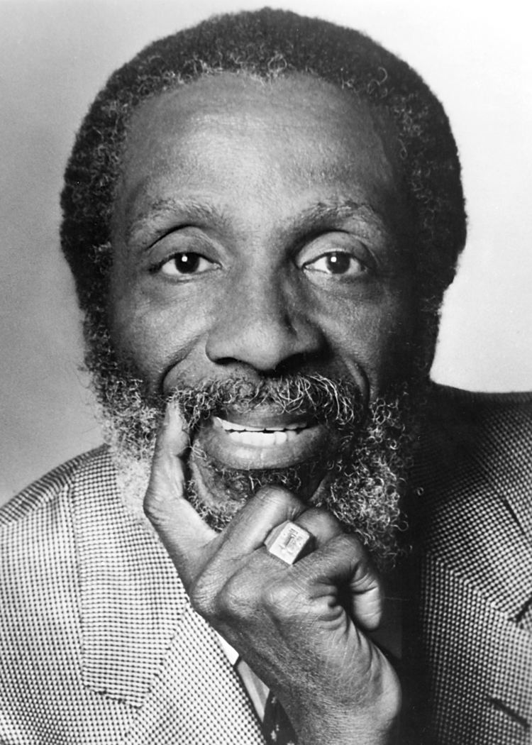 Dick Gregory newsandfeaturesuncgeduwpcontentuploads20121