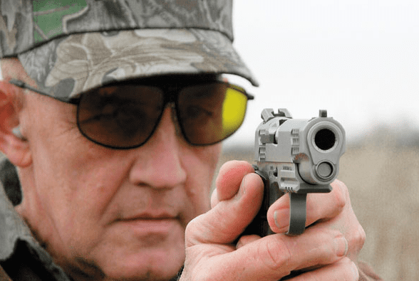 Dick Metcalf EDITORIAL Did Dick Metcalf deserve to be fired over Guns Ammo