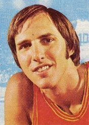 Dick Snyder sportstimemachinenetwpcontentuploads201205S