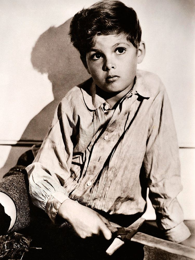 Dicky Moore Dickie Moore Former Child Star Dead at 89 Peoplecom
