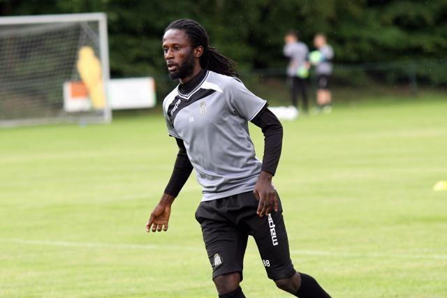 Dieumerci Ndongala Sporting Charleroi Dieumerci Ndongala entre grand