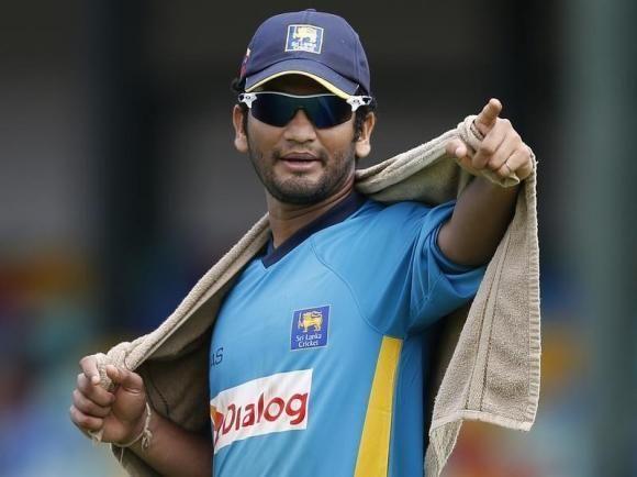 Dimuth Karunaratne (Cricketer)
