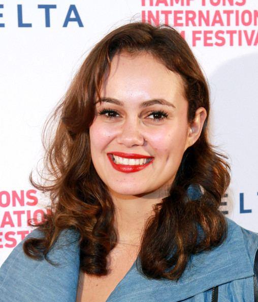 Dina Shihabi Movie Review Amira Sam Thats Normal