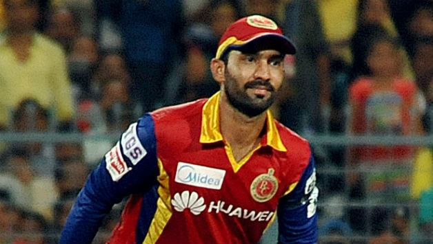 Dinesh Karthik equals IPL record for wicketkeeping dismissals during