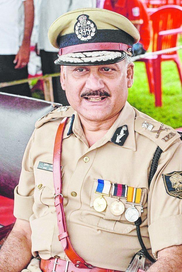 Dineshwar Sharma 06bhrAnil193325jpg