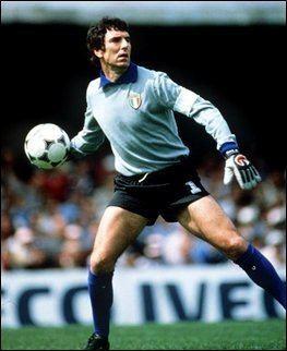 Dino Zoff Dino ZOFF 19761982