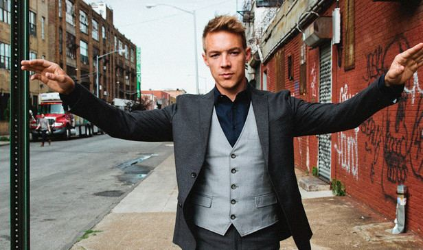 Diplo Diplo steals artwork responds with misogyny