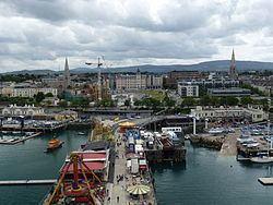 Dún Laoghaire httpsuploadwikimediaorgwikipediacommonsthu