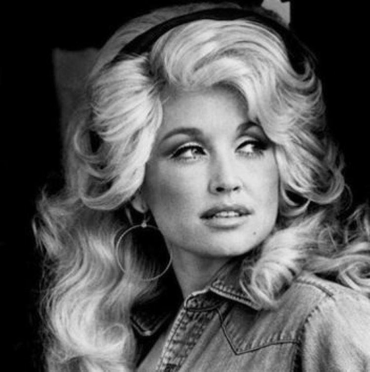 Dolly Parton Home Dolly Parton Entertainment The Official Dolly