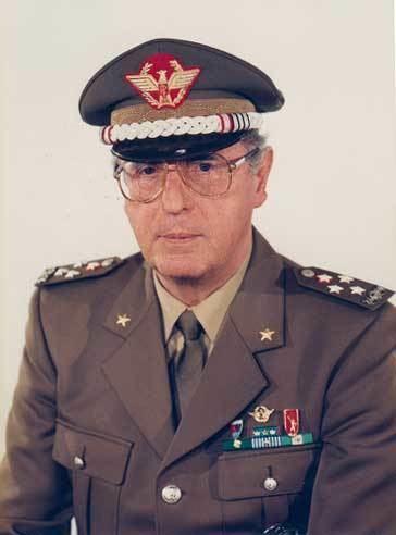 Domenico Corcione Generale CA Domenico CORCIONE Difesait